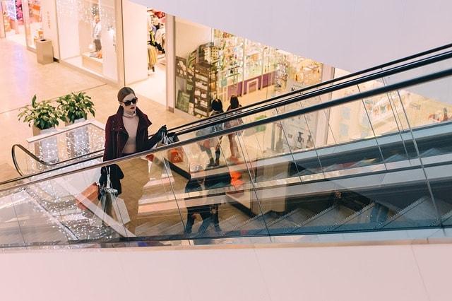 Holiday Shopping Laws - Ontario